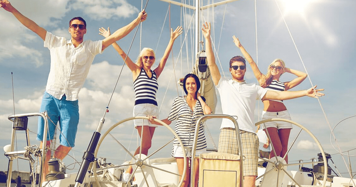 Dressing Advice for When You Get a Boat Invitation
